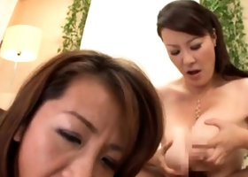 Young japanese slut gets her wet snatch widen and fucked