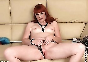 Yummy solo redhead finger bangs her vagina