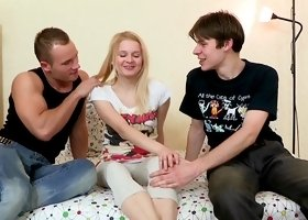 Threesome with a teen shameless model named Natali
