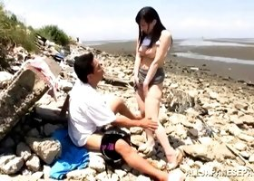 Hardcore quickie on the beach with a super cute Asian girl