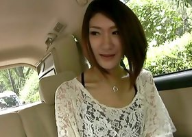 Horny Japanese chick gets her pussy toyed in a taxi