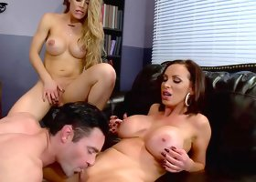 Crazy cock sharing on the couch with Nicole Aniston and Nikki Benz