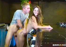 Cathy Heaven & Danny D in A Fistful of Heaven - Brazzers